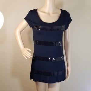Kische Black Short-Sleeved Shirt w/Sequins. Sz S.